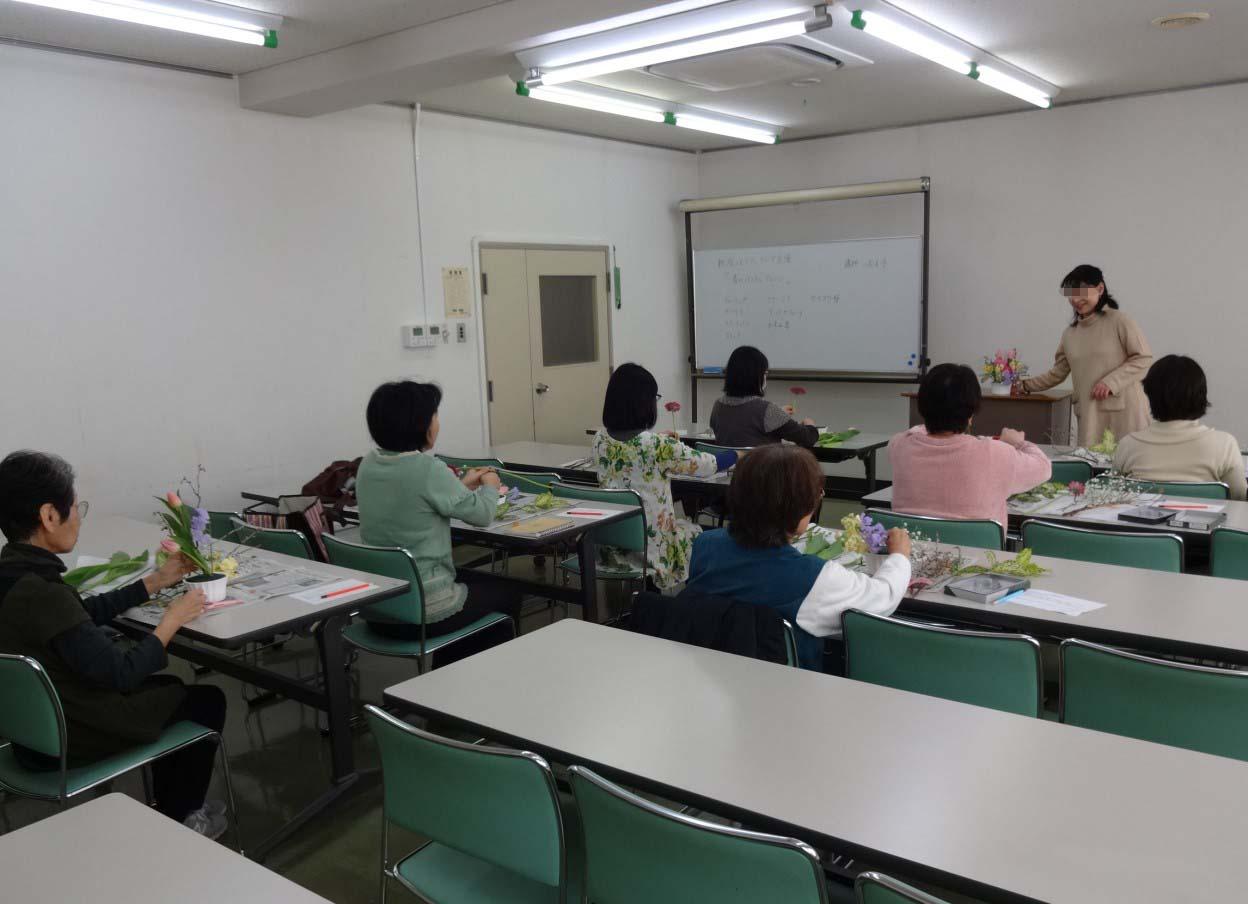 【新座市営墓園】フラワーアレンジメント教室の開催
